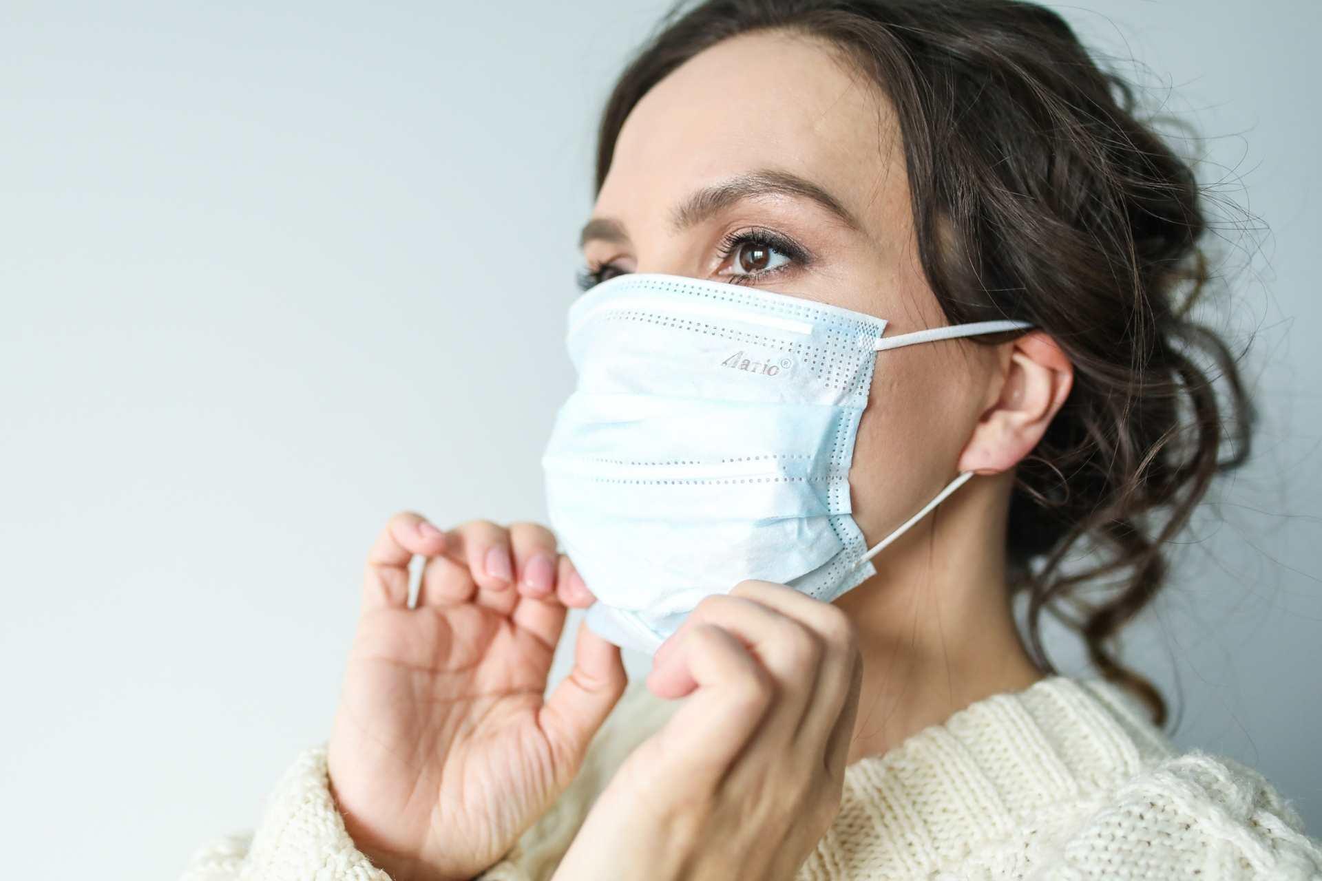 Ομοιότητες και διαφορές της γρίπης με τον κορονοϊό